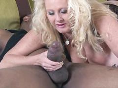 Big titted blonde Queen Of Spades Mom mandingo anal