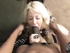Stunning cougar blacked next to her obedient husband